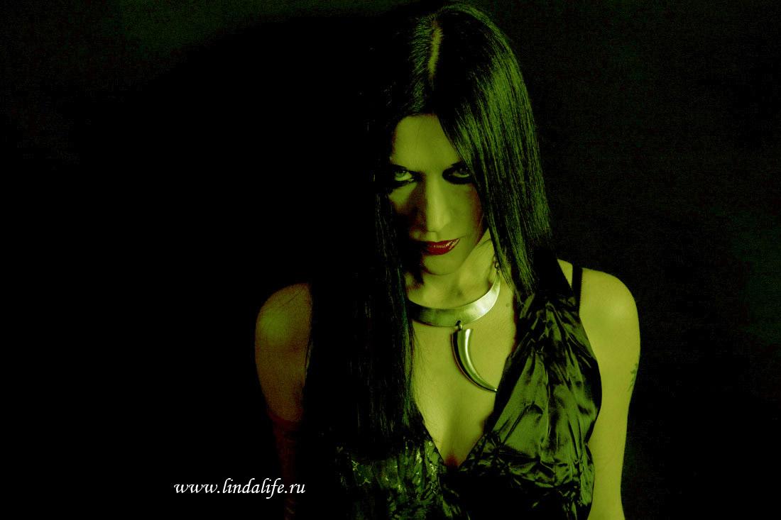 http://www.lindalife.ru/gallery/content/fotosession/011.skorpioni/012.jpg